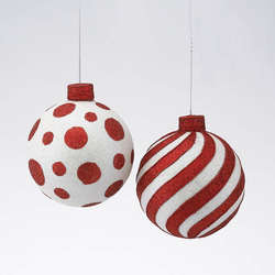 red and white ornaments the christmas mouse