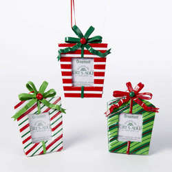 Picture Frame Ornaments - The Christmas Mouse